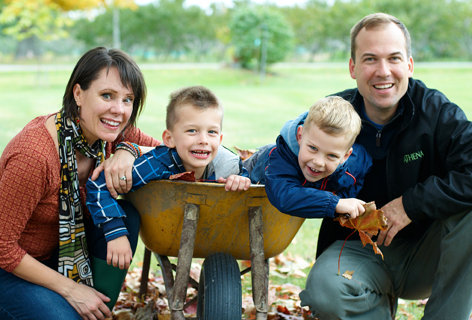 peel photographer and family portrait photographer in brampton