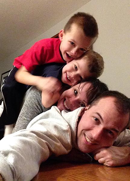 #bestfamilyselfie, #familysandwichphoto, family selfie
