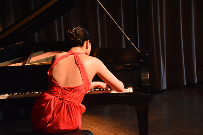 Pianist, Gala Performer at Royal Conservatory of Music. Toronto